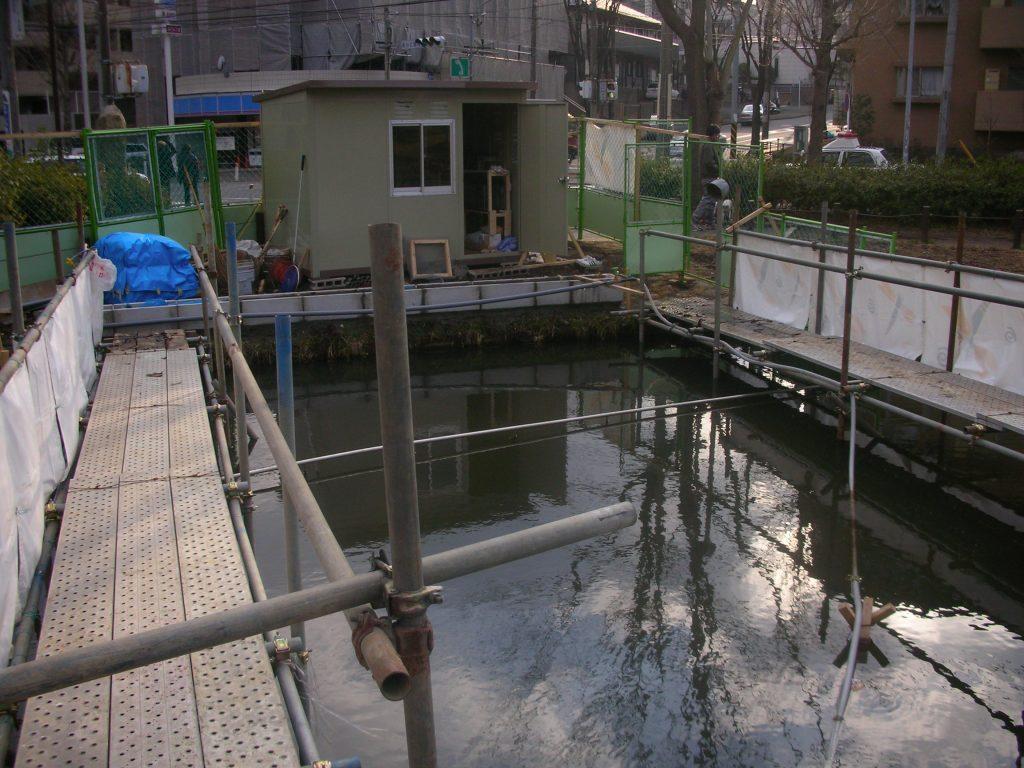 水槽浄化パックの濾過槽設置に役立つ